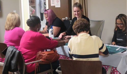 attendees-receive-manicures-from-paul-mitchell-beauty-school-2